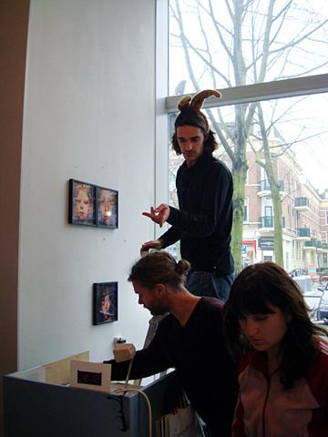 Oolong & others @ De Zwarte Ruyter, de opbouw