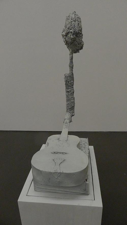 Man over boord in Kunsthalle Dusseldorf