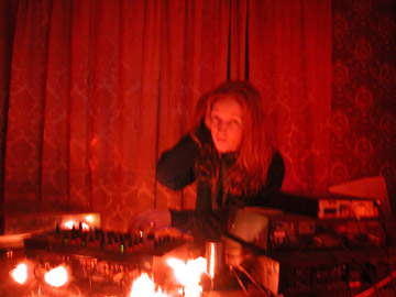 DJ ellemieke private party.jpg
