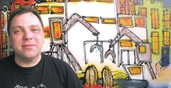 Henk-Veen-met-schilderij-persfoto