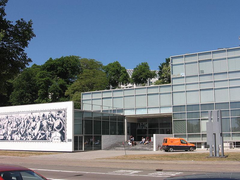 800px-Hogeschool_Arnhem_mei_2007