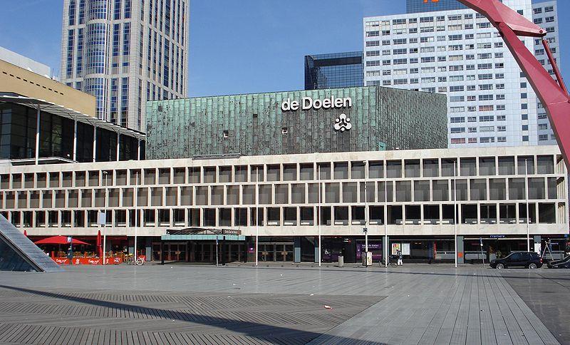 800px-Rotterdam_de_doelen (1)