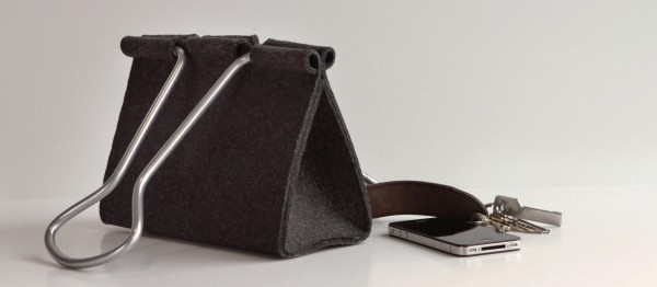 Clip-Bag-Peter-Bristol-4b-600x262