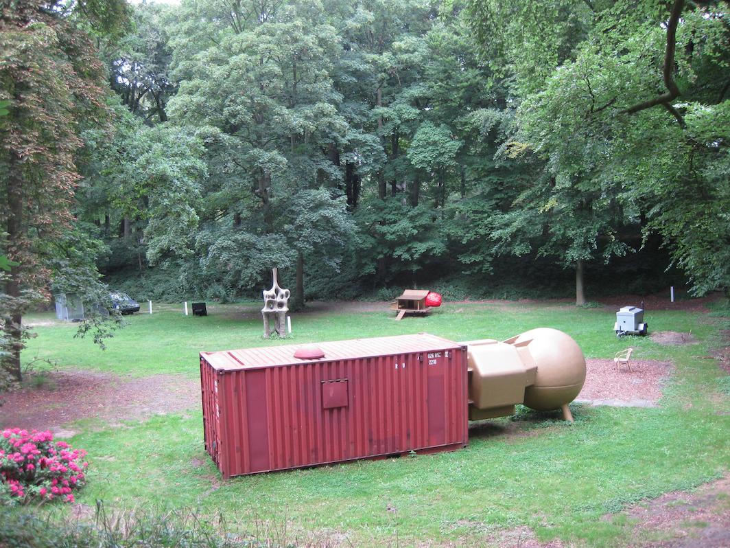 'Vrijstaat' Atelier Van Lieshout @ Kasteel Keukenhof 1